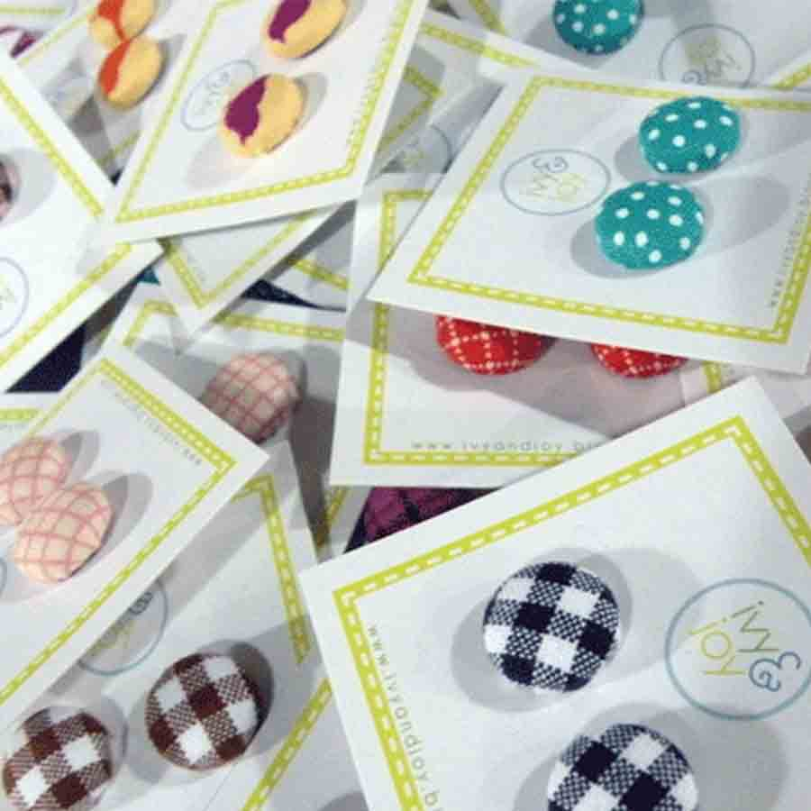 Ivy and Joy button cards