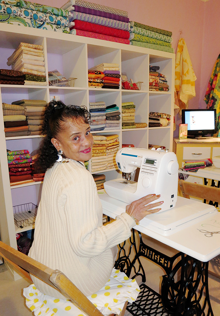 sewing_room_gal