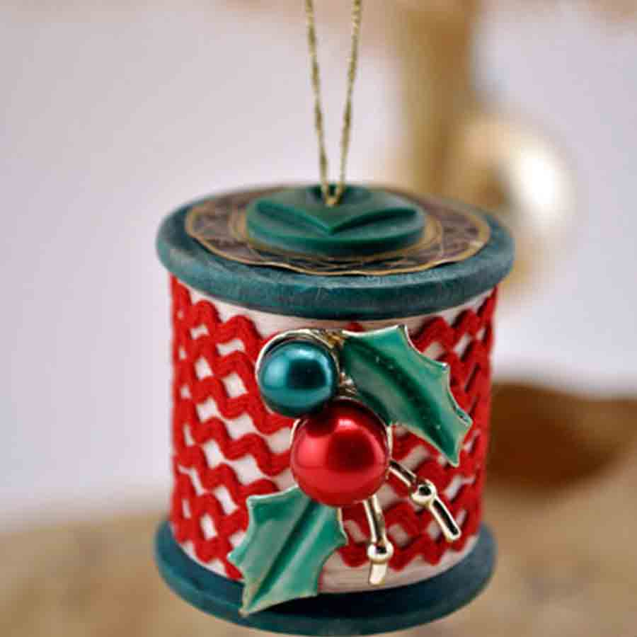spool ornament with rickrack