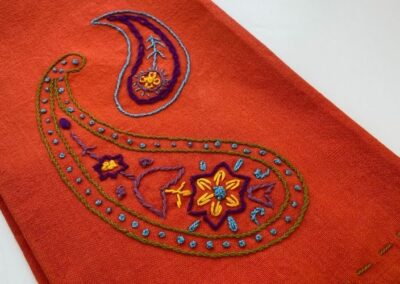 Get this paisley design to embroider
