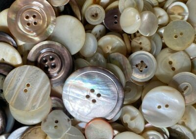 A variety of pearl buttons